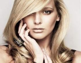 2011 Стрижка волосся фото