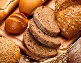 Страви з хлібом: фондю, оладки і суп, канапки, бездріжджовий хліб. Як готувати фото