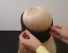Швидка і легка грецька зачіска з пов`язкою фото