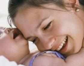 Що робити, якщо випадає волосся при вагітності і грудному вигодовуванні? фото