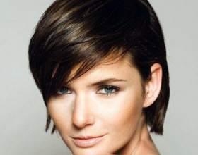 Модні укладання для волосся середньої довжини фото