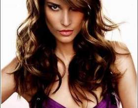 Зачіска каскад з косою чубчиком фото