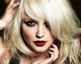 Стрижки знаменитостей на середні волосся фото