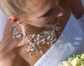Весільні зачіски з довгою фатою фото